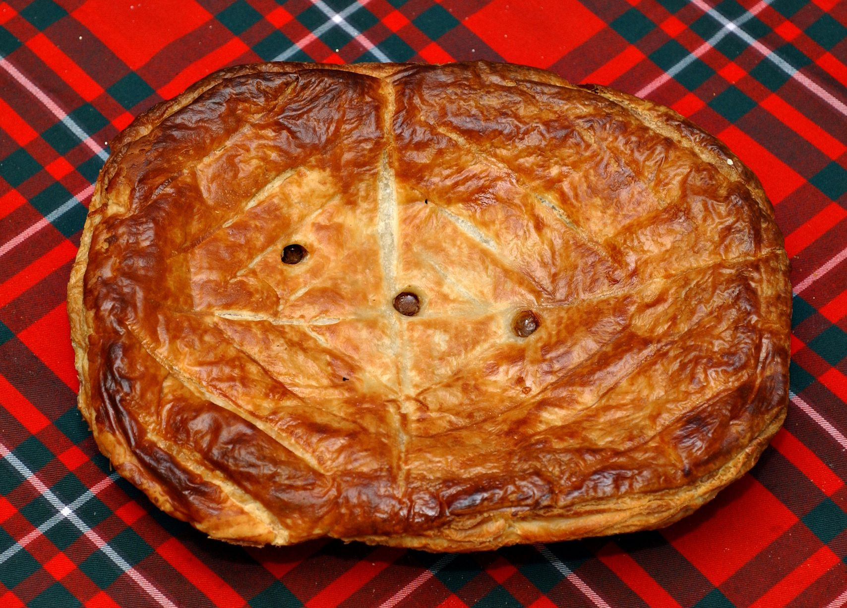 Steak pie - a favourite for Hogmanay day and New Year ...