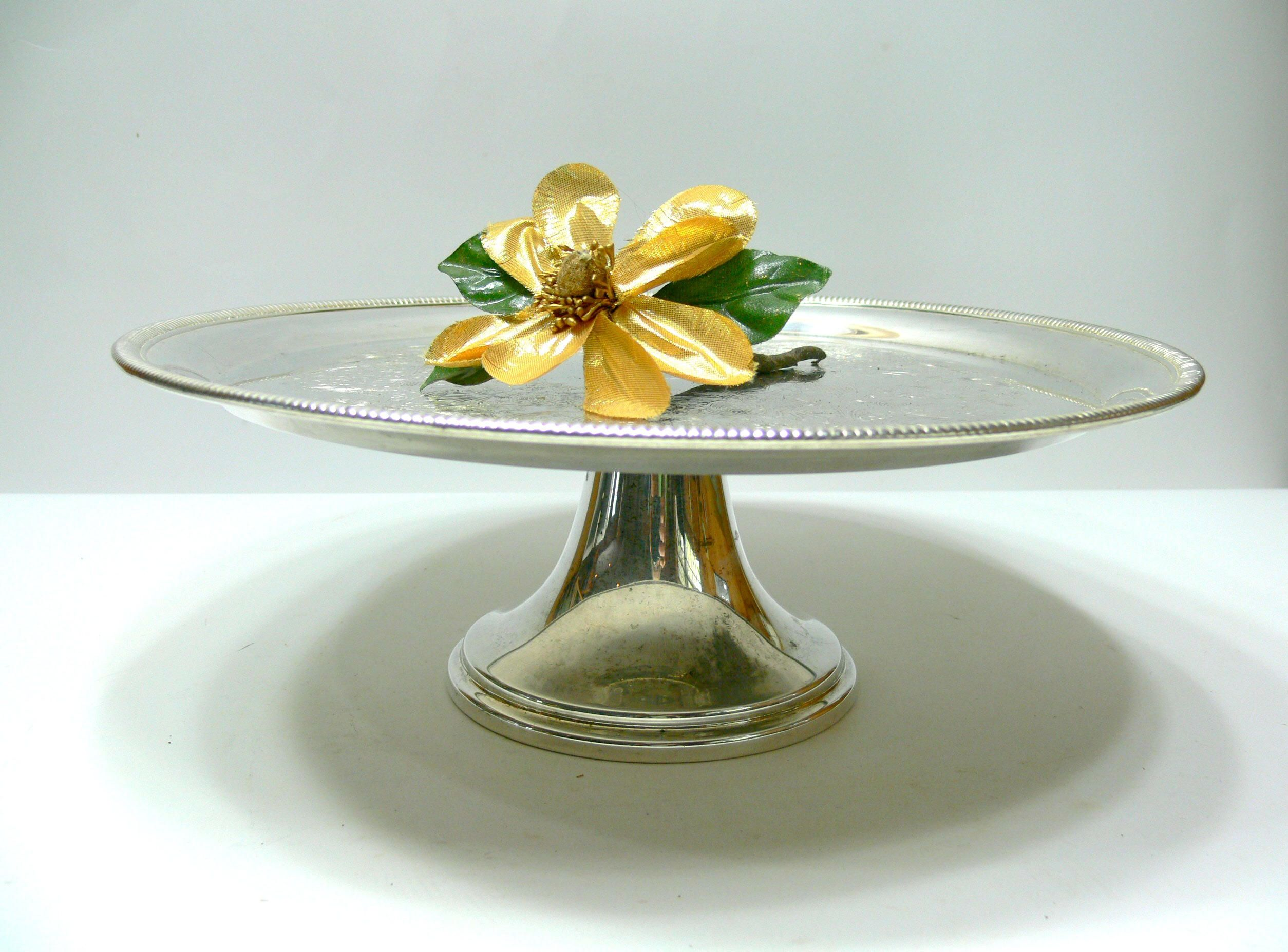Vintage Silver Plate Cake Stand on Pedestal Base William Rogers