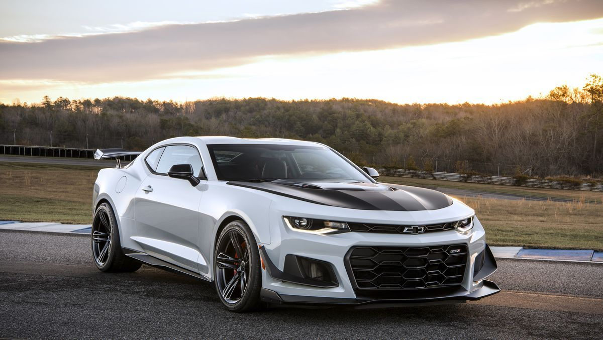 2019 Chevrolet Camaro Zl1 Review Pricing And Specs Camaro Zl1 Chevrolet Camaro Zl1 Chevrolet Camaro