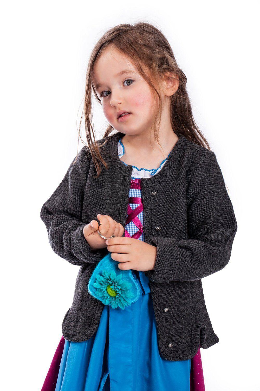 Ein schöner Anblick - zum Dirndl, zur Lederhose oder Jeans.. klassische Mädchen Strickjacke für jeden Tag 50% Acryl, 50% Merinowolle  silberfarbene Metallknöpfe paspelierte Schlitze im Vorderen- und Rückenbereich