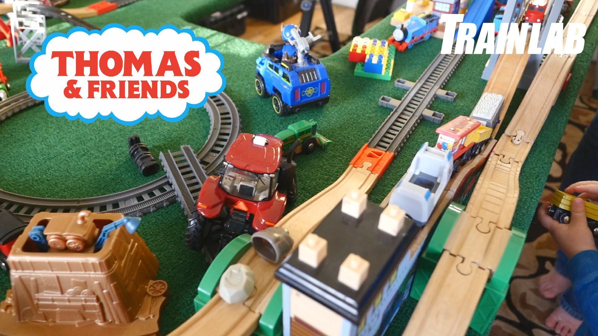 Today on the TrainLab we built a huge train table with a