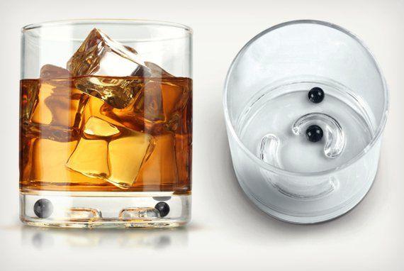 Clink! Glass
