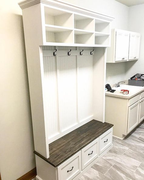 The Amana 4 Section Entryway Bench In 2020 Entryway Shoe Storage