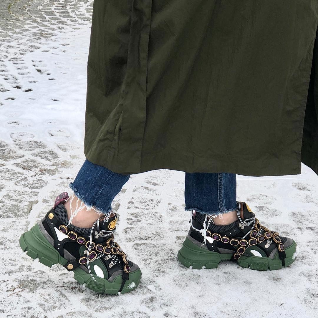 Kiedy Nie Mozesz Zdecydowac Sie Na Bizuterie Czy Buty Postaw Na Gucci Link Znajduje Sie W Bio Gucci Guccisneakers G Shoes Vibram Sneaker Sneakers