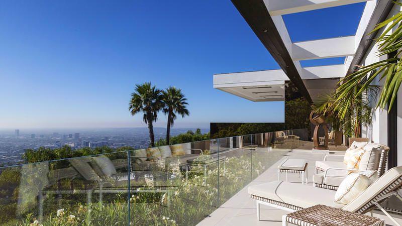Mansion dream house: Trousdale Estates #mansion #dreamhome #dream #luxury http://mansion-homes.com/dream/trousdale-estates/