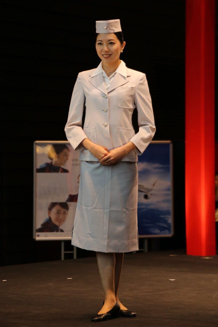 「JAL初代制服」の画像検索結果