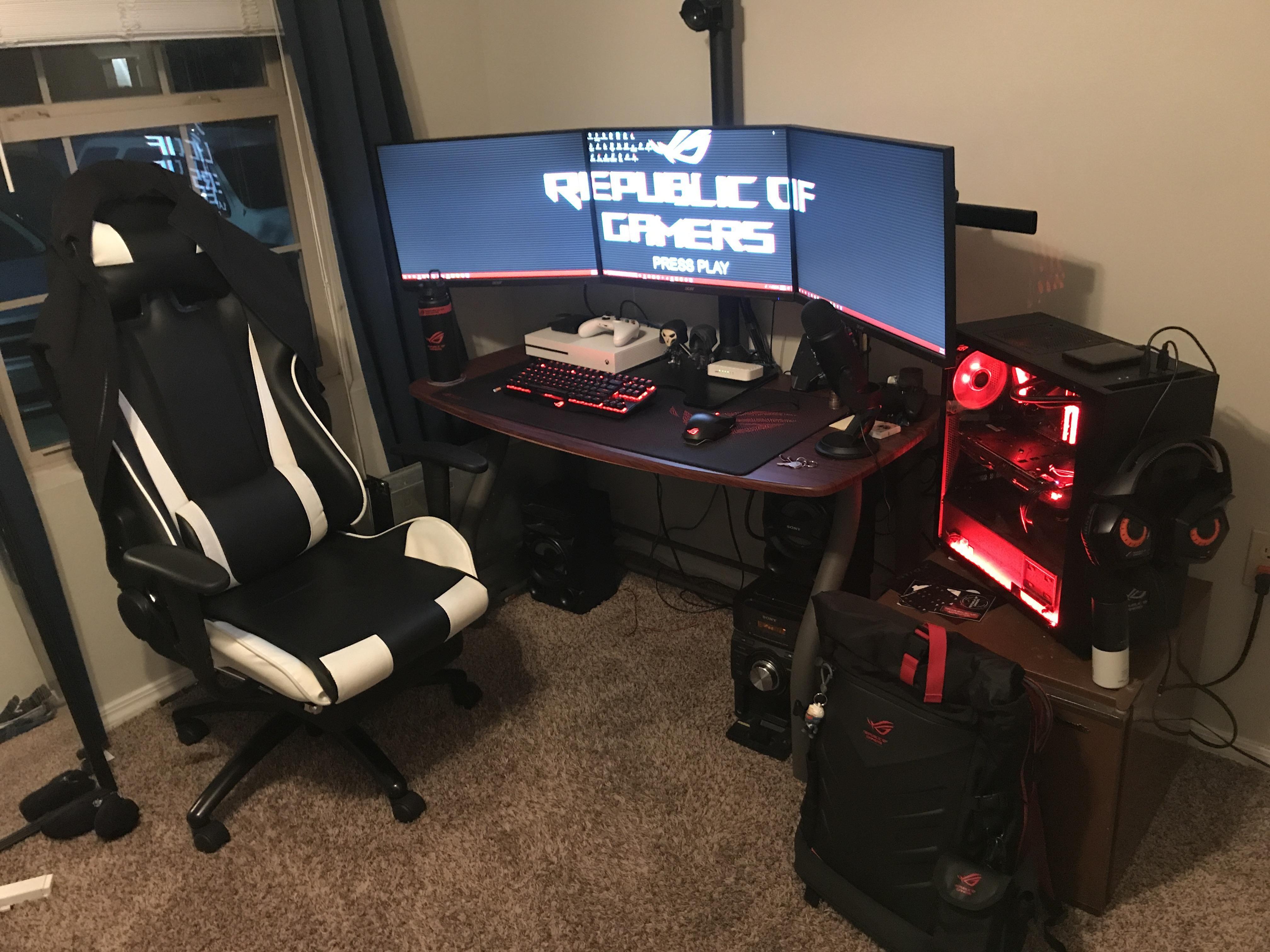 Near Gaming Computer Desk Built Ins gamingfolk