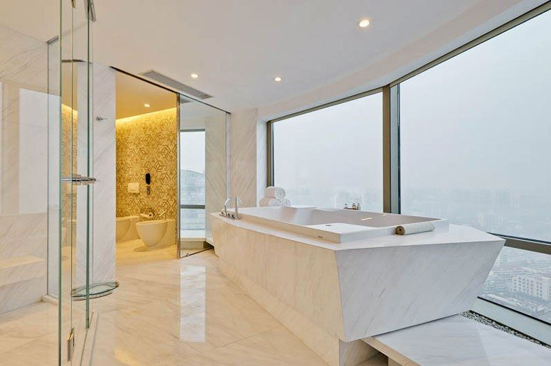 The World S Most Luxurious Hotel Bathrooms Most Luxurious Hotels Bathroom Interior Design Contemporary Bathrooms