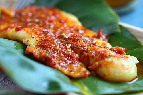 Ikan Panggang/Ikan Bakar Recipe (Grilled Fish with Banana ...