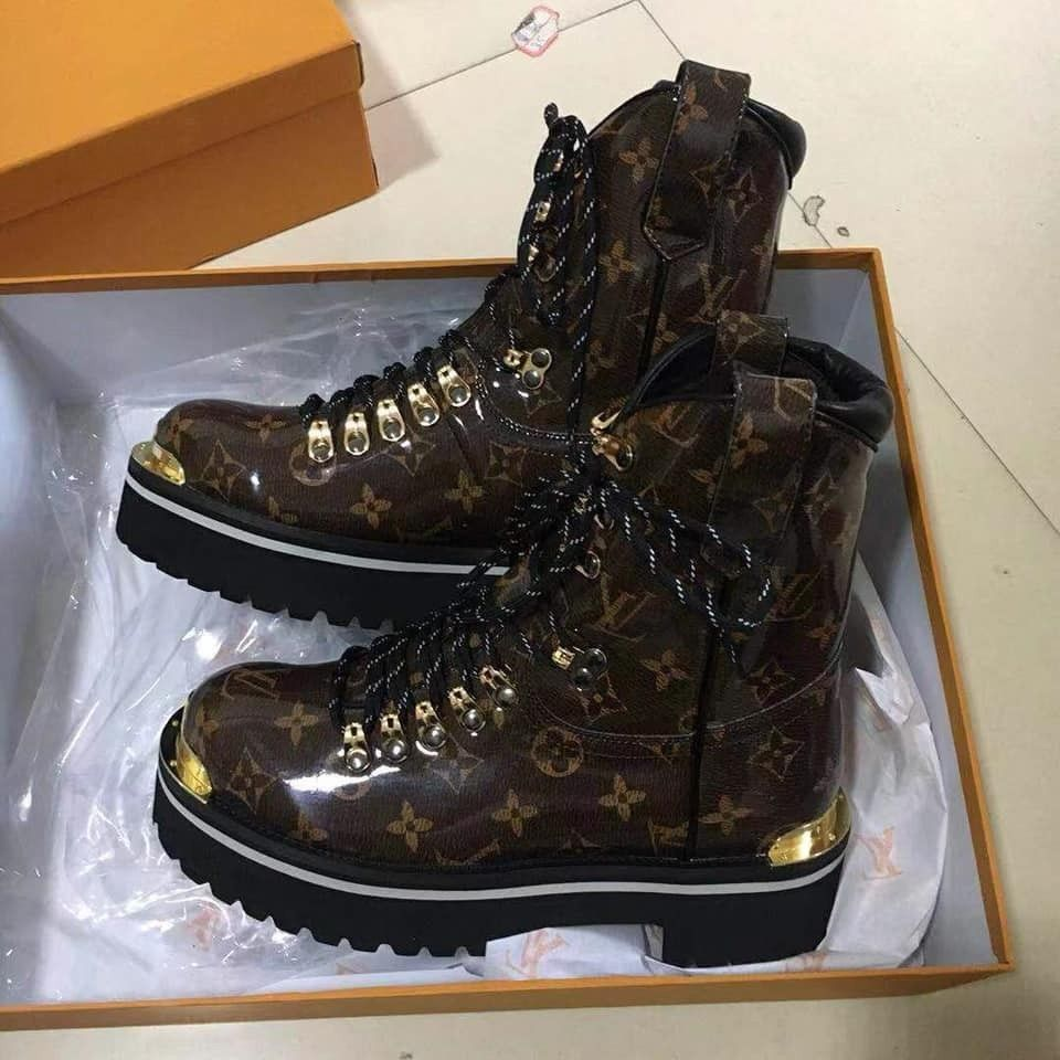 68f8e12ca65c New RARE LOUIS VUITTON OUTLAND ANKLE BOOT Monogram Glaze Titanium size   fashion  clothing  shoes  accessories  womensshoes  boots (ebay link)