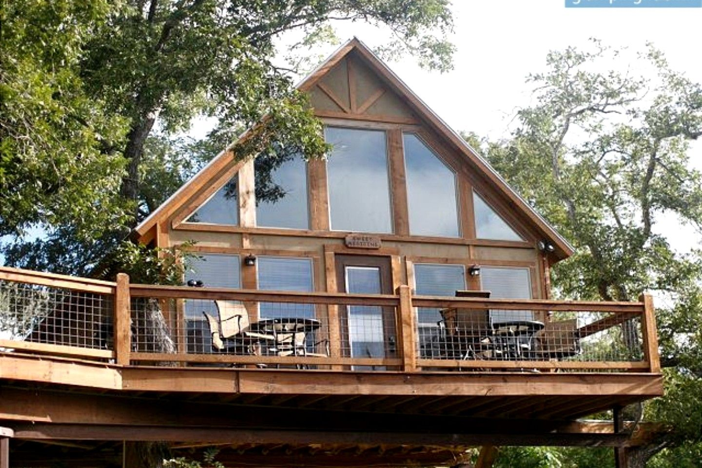 Creekside Tree House Rentals In New Braunfels Texas