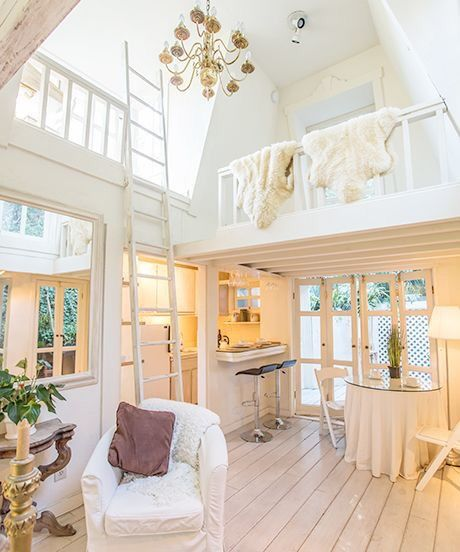 Cottage Kitchen Angeles: High Ceilings, Tiny Houses And Small Houses