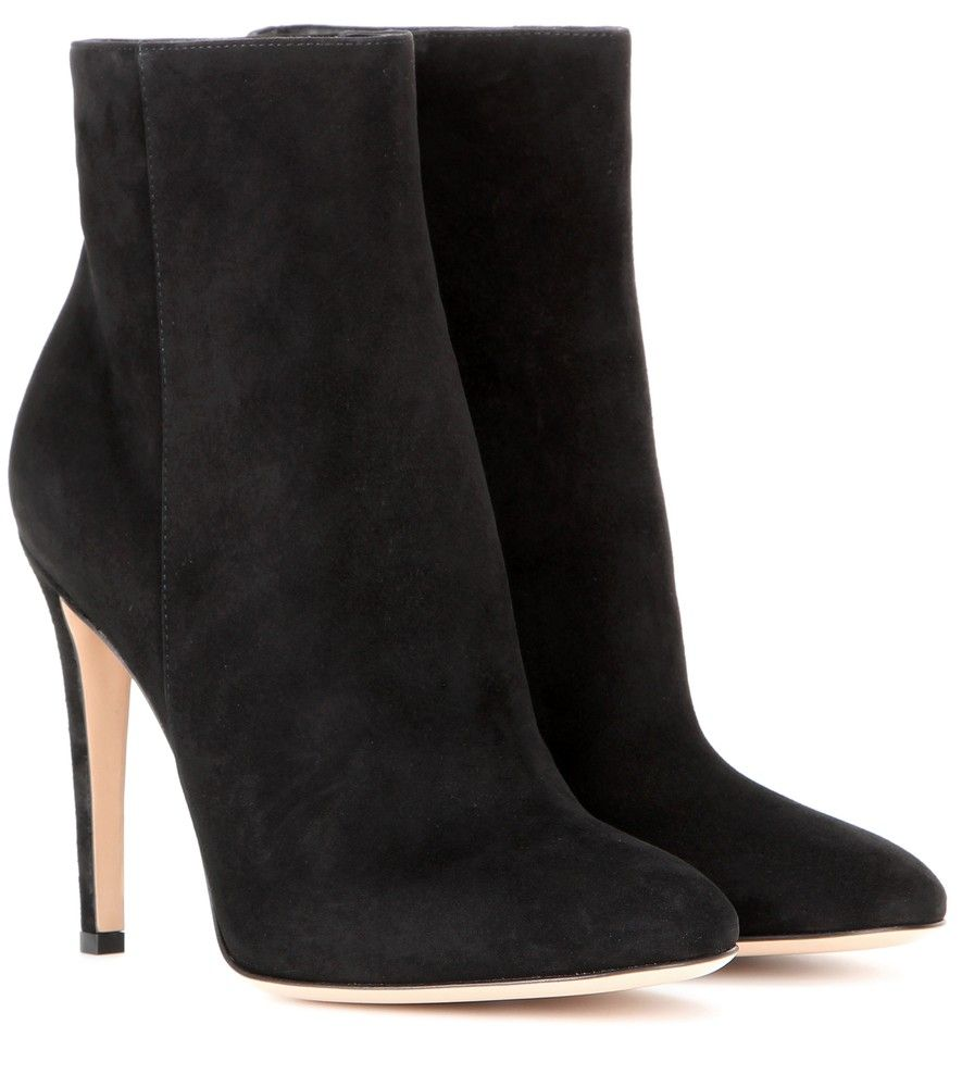 Gianvito Rossi - Dree suede ankle boots - No capsule collection is complete without a pair of black ankle boots, and Gianvito Rossi's style is perfect. Crafted in Italy from sumptuous black suede, these beauts are shaped with a pointed toe and thin mid-height heel. Wear them with miniskirts and dresses to elongate the legs. seen @ www.mytheresa.com