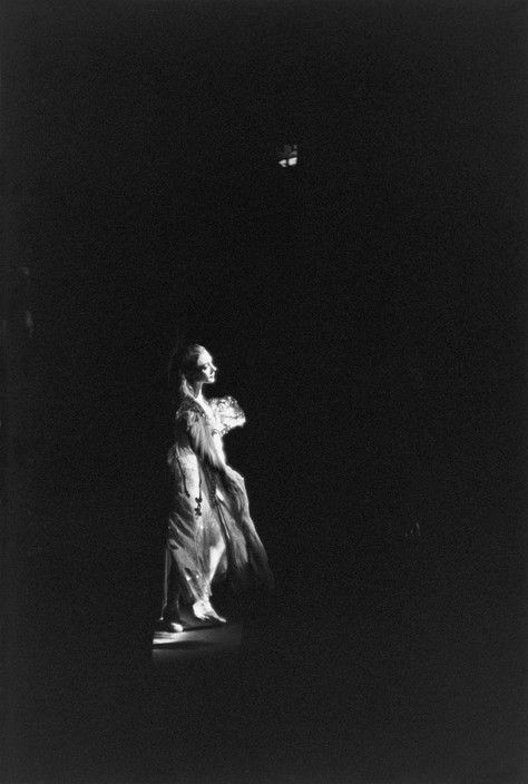 Henri Cartier-Bresson -  London. Svetlana Beriosova, prima ballerina. 1961.