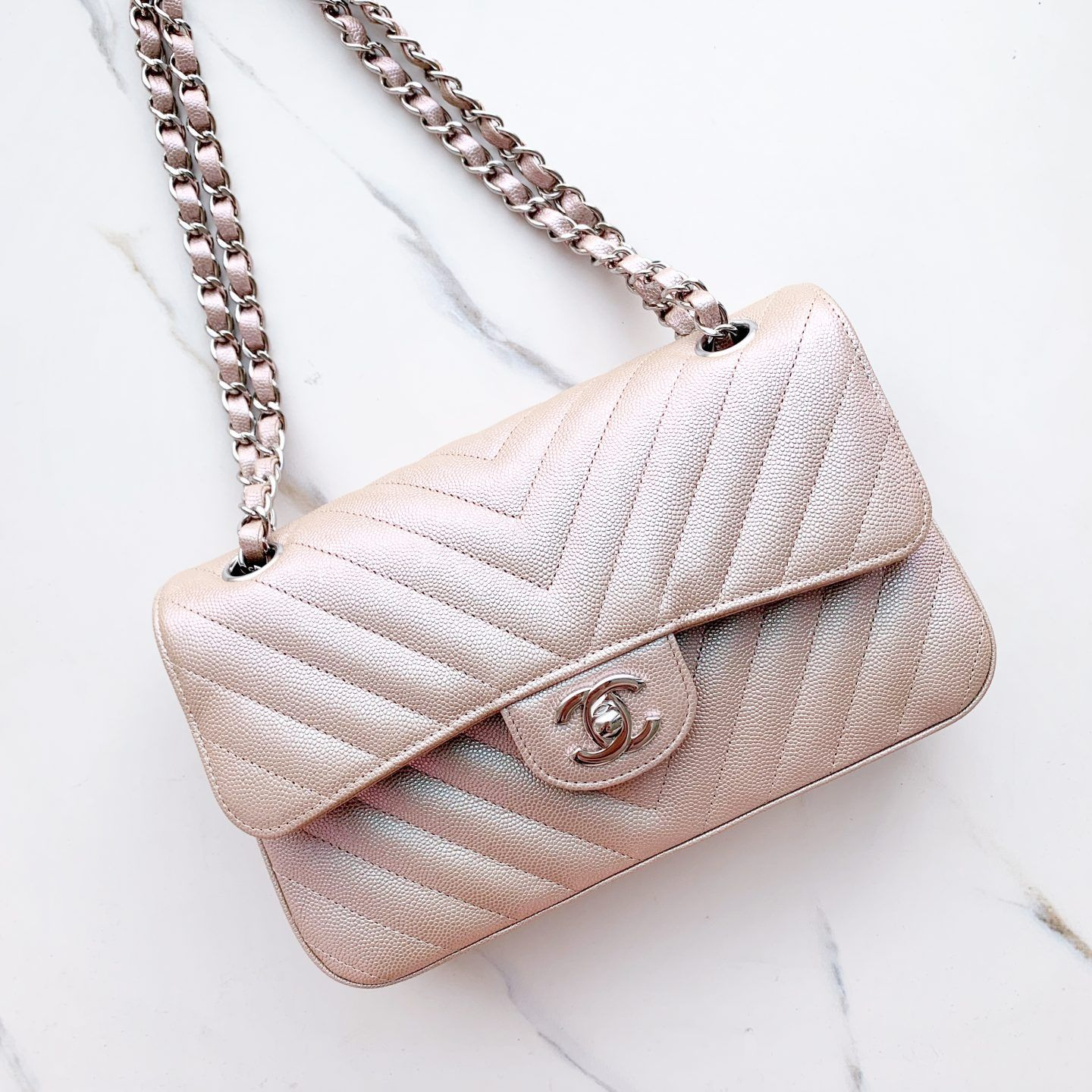 7acb36569e98 The Best First Chanel Bag? - Chase Amie | Bags in 2019 | Chanel bag ...
