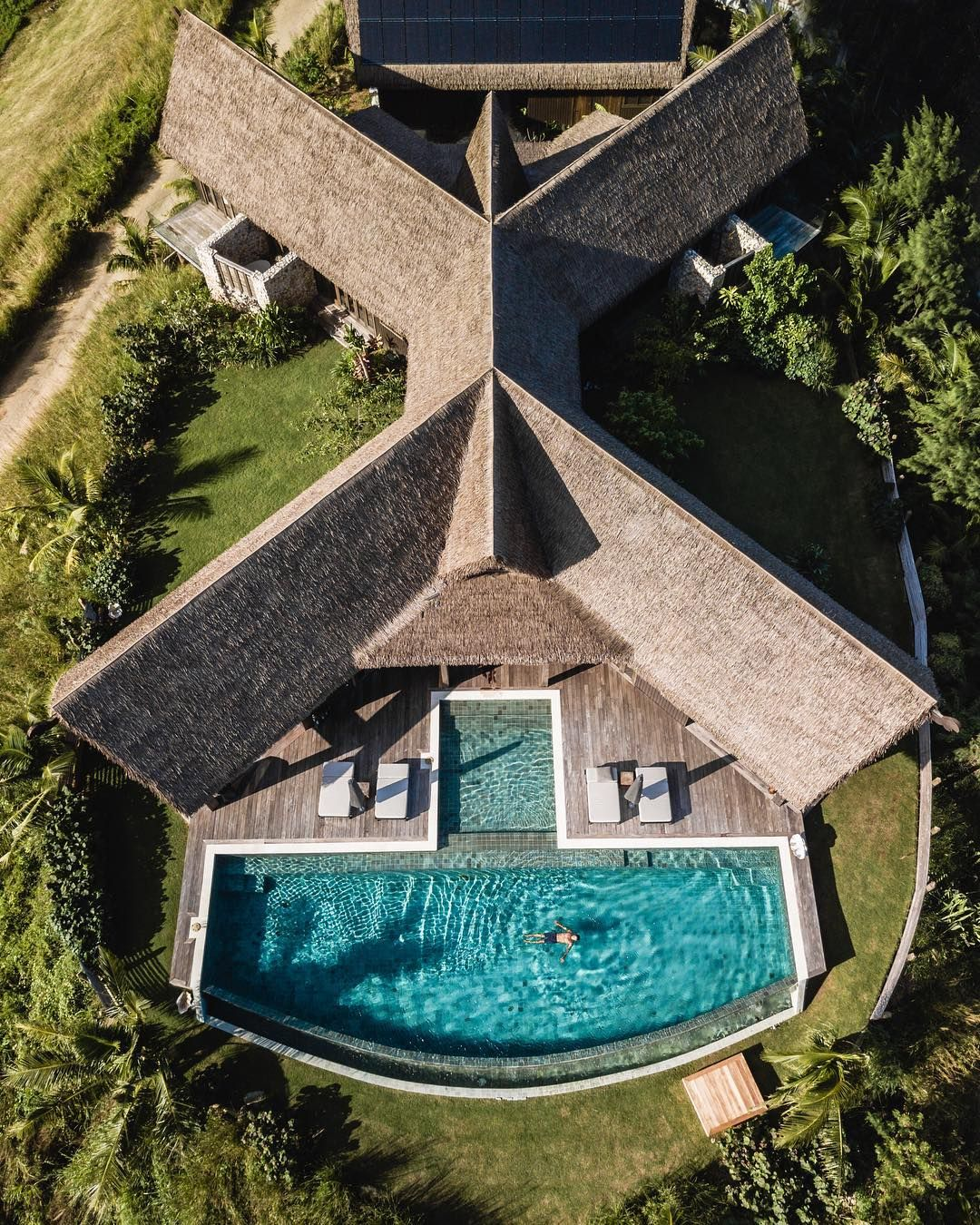 93 Likes 3 Comments Getaway With Kids Getawaywithkids On Instagram Spoilt And Loving It Sixsensesfiji Si Resort Luxury Spa Resort Luxury Resort