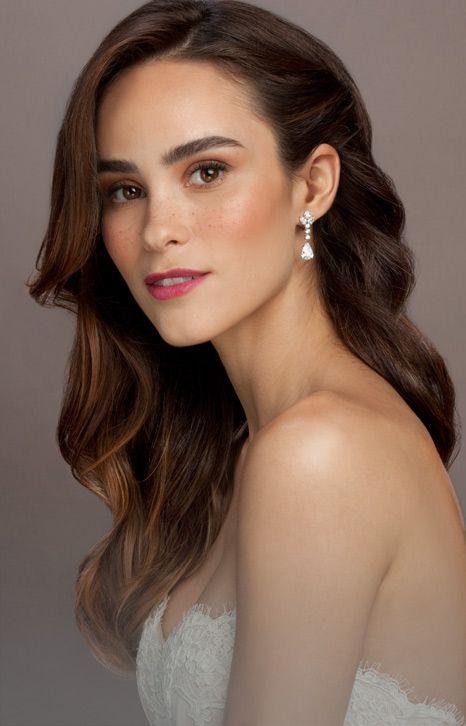 Pin By Ida Wong On Wedding Make Up Bridesmaid Hair Side
