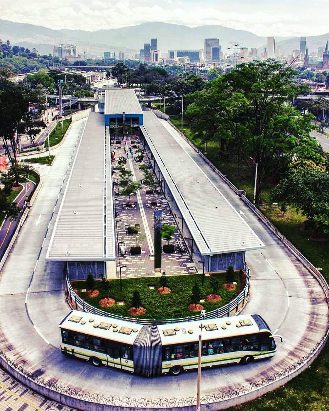 Medellin Antioquia Colombia On Instagram Medereto Que Estacion Del Metro Es Solopaisas Medellinp Bogota Architecture Field