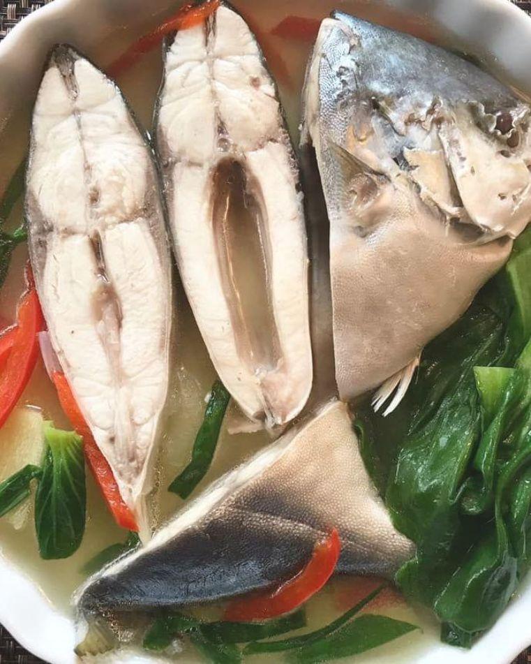 Casa Baluarte Filipino Recipes Sinigang Na Isda Sinigang Na Pompano In 2020 Sinigang Sinigang Recipe Fish Recipe Filipino