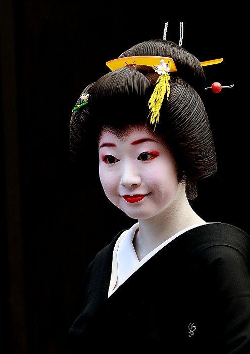 Geiko: Tomonoura Roman travelogue