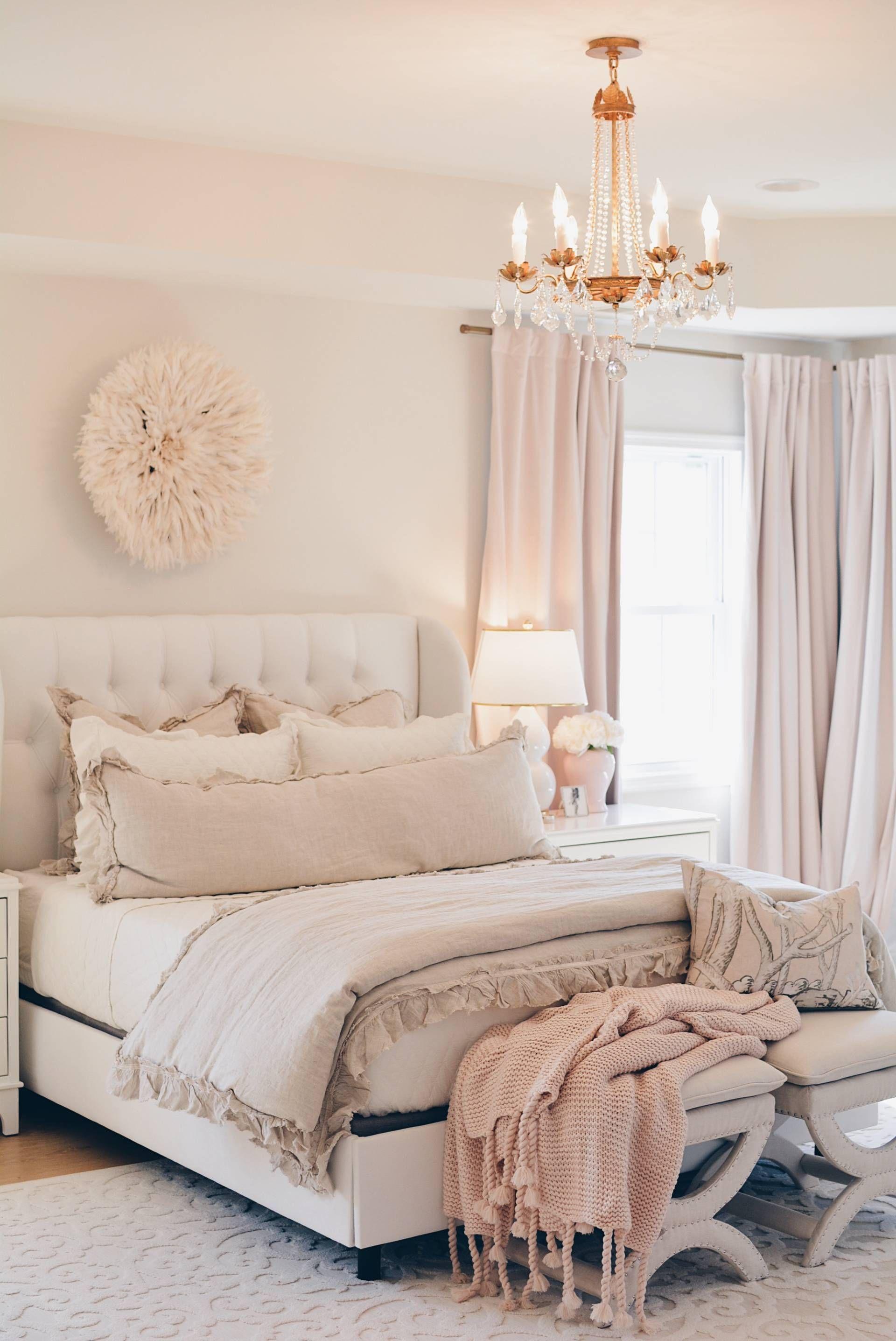 Romantic Red Bedroom Ideas: Master Bedroom Decor: A Cozy & Romantic Master Bedroom