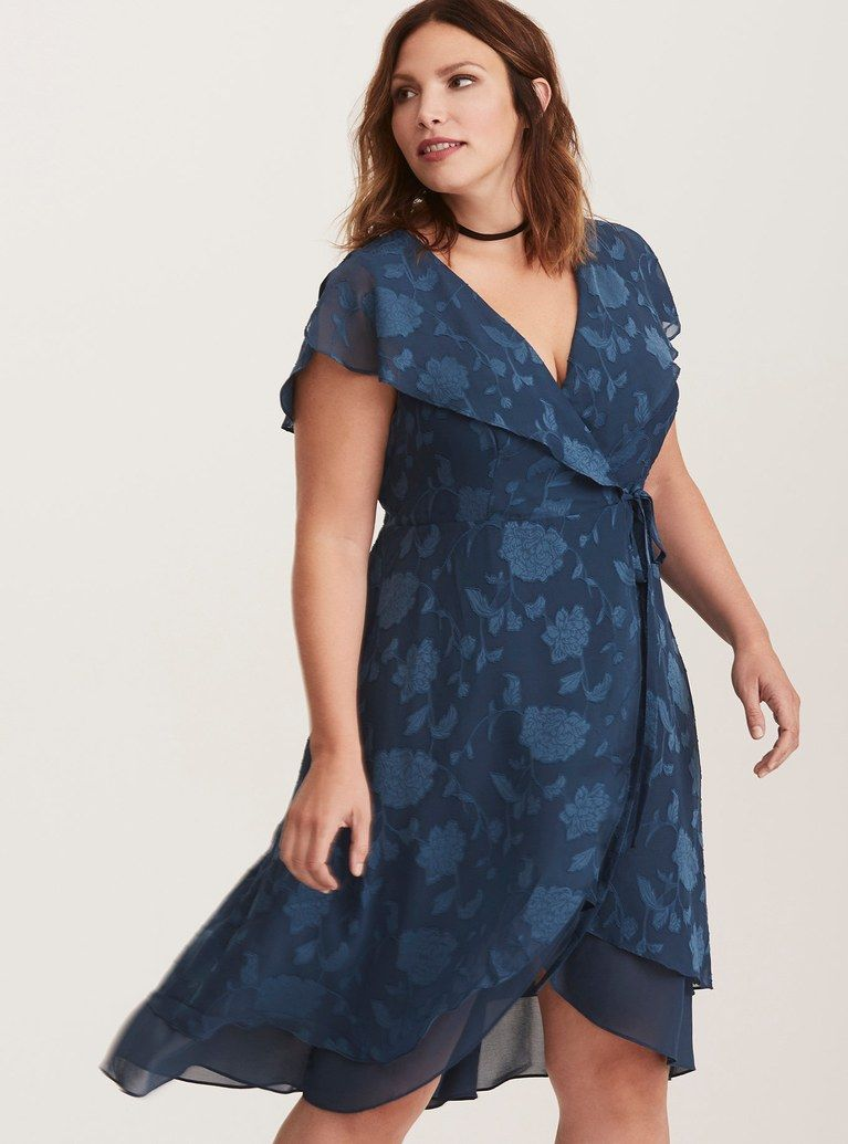 gorgeous plussize weddingguest dresses in sewing