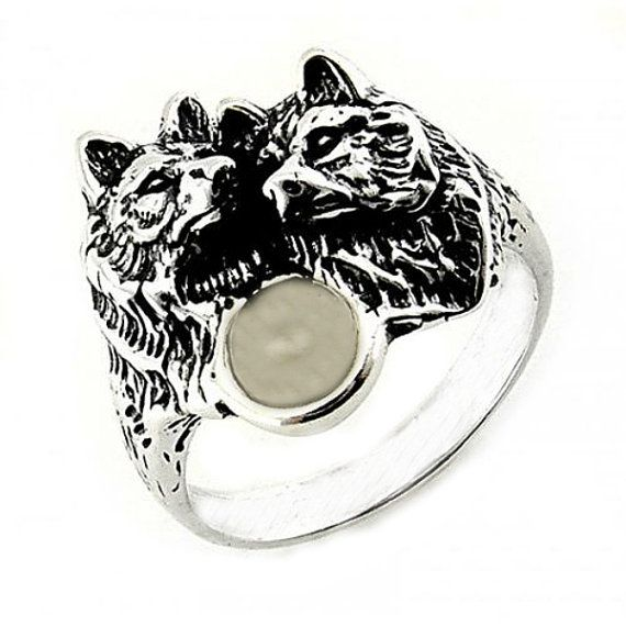 Wolf Ring Moonstone Silver Wolf Ring Wolf Pack by TemptingJewels