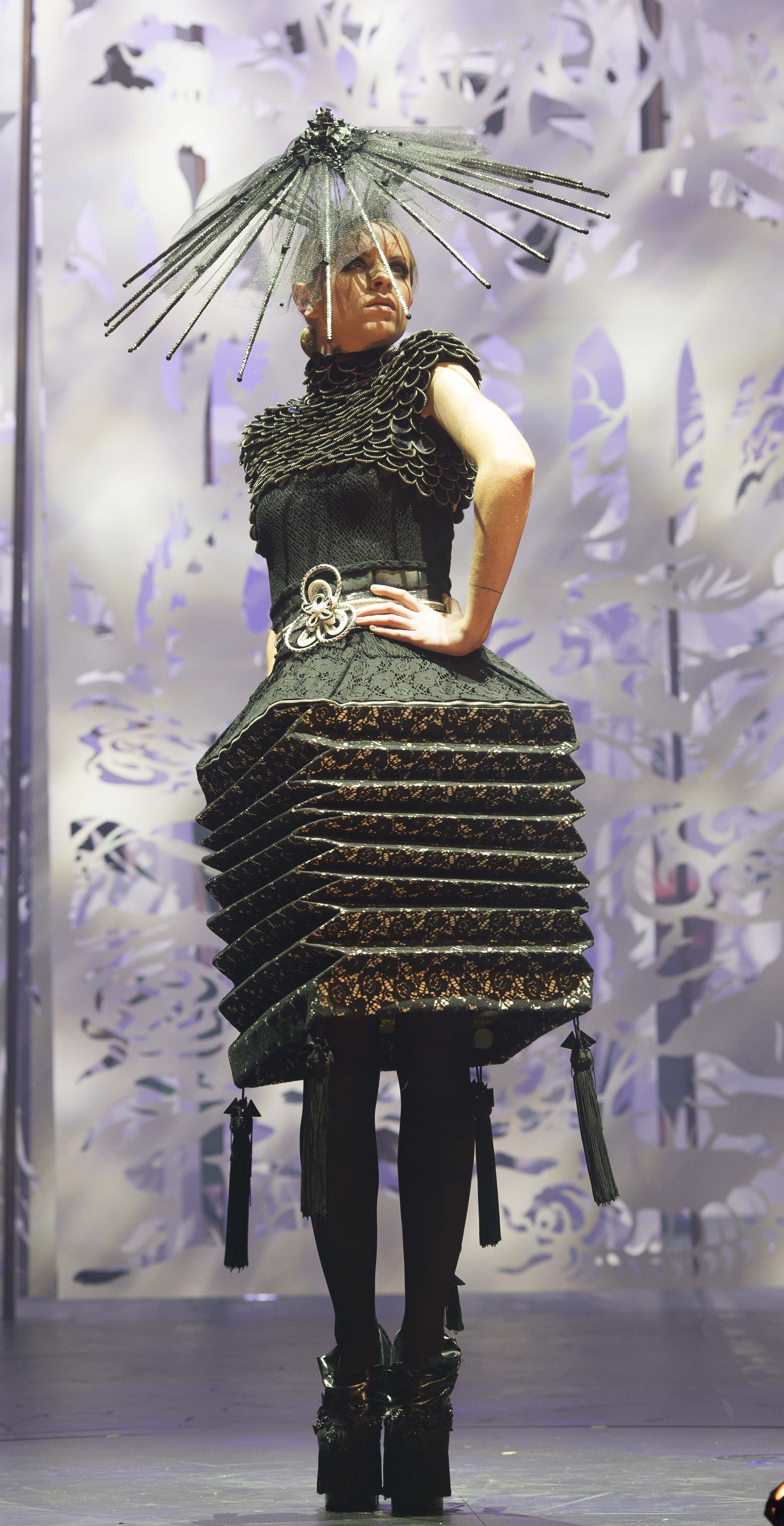 Funeral By Hiu Ming Yuen Hong Kong World Of Wearable Art Weird Fashion Extreme Fashion