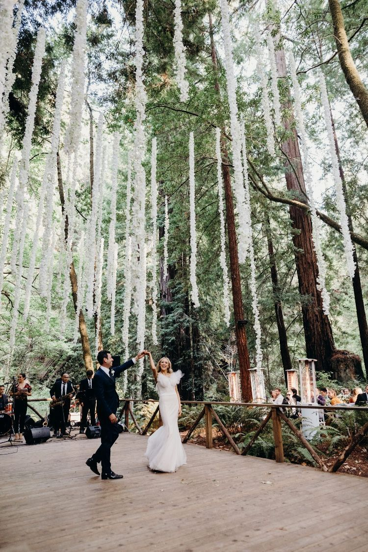 Modern Elegant Redwood Forest Wedding at The Island Farm, San Gregorio / Justine and Keith #weddingreception