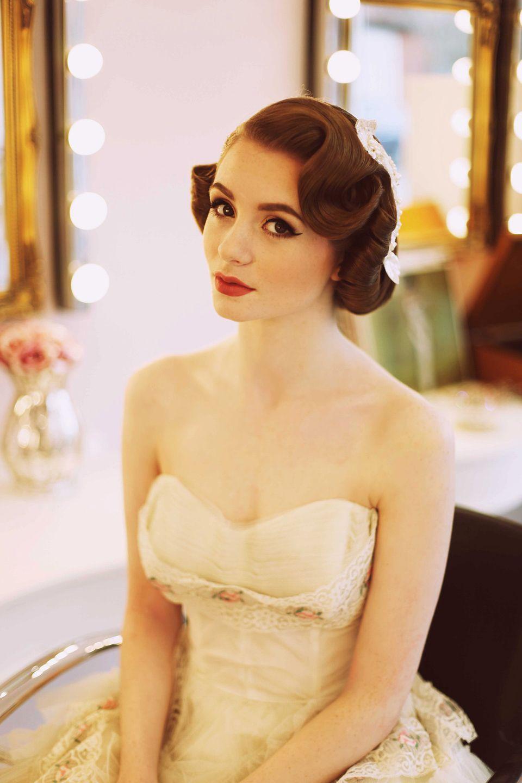 elegant 1950's fashion for the modern bride   vintage style