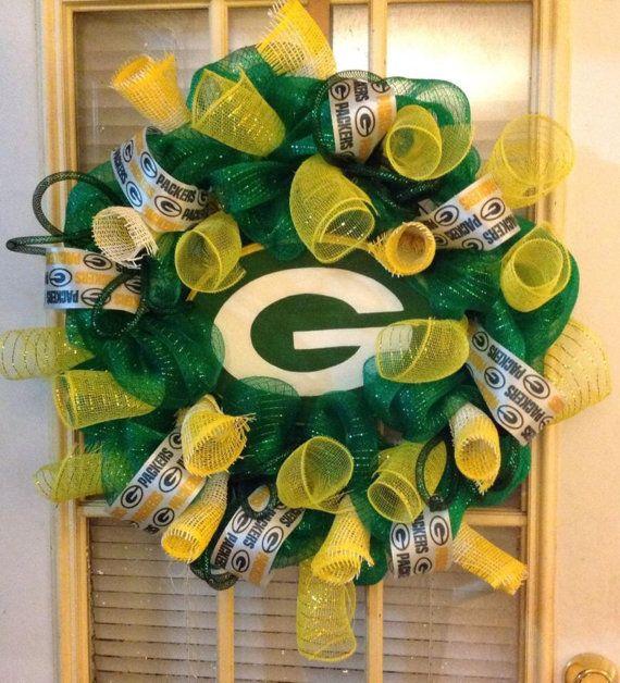 Greenbay Packers Deco Mesh Wreath By Brookescustomdecor On Etsy Mesh Wreaths Packers Wreath Deco Mesh Wreaths
