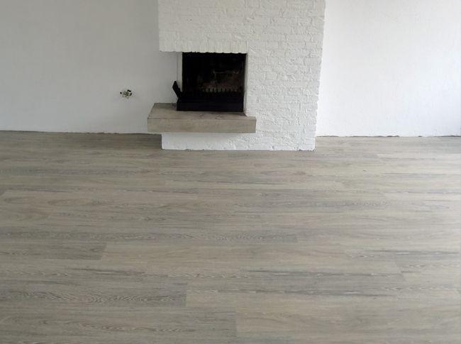 Mflor pvc vloer slijtvast en makkelijk in onderhoud. huishoudelijk