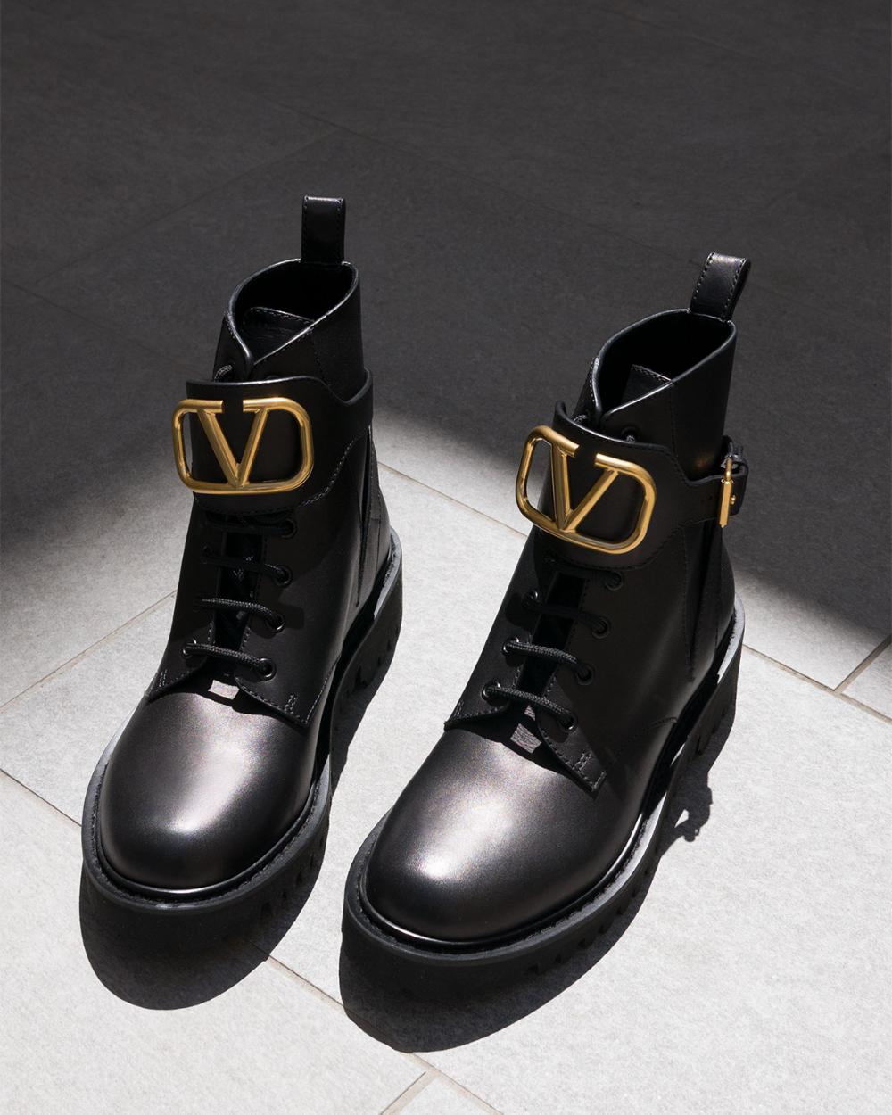 Valentino Garavani VLOGO Leather Combat