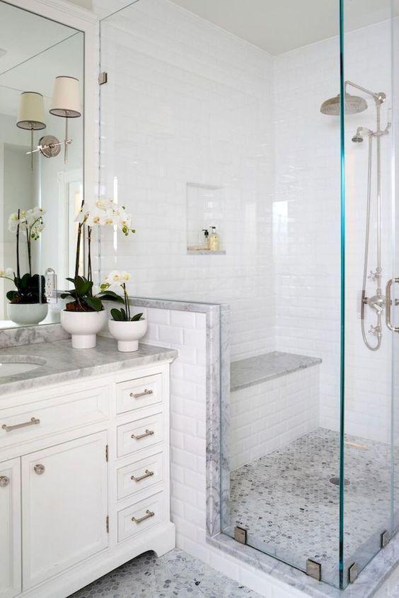 Small Bathrooms May Seem Like A Difficult Design Task To Take On Diyhomedecor Small Bathroom Remodel Bathroom Remodel Shower Farmhouse Master Bathroom