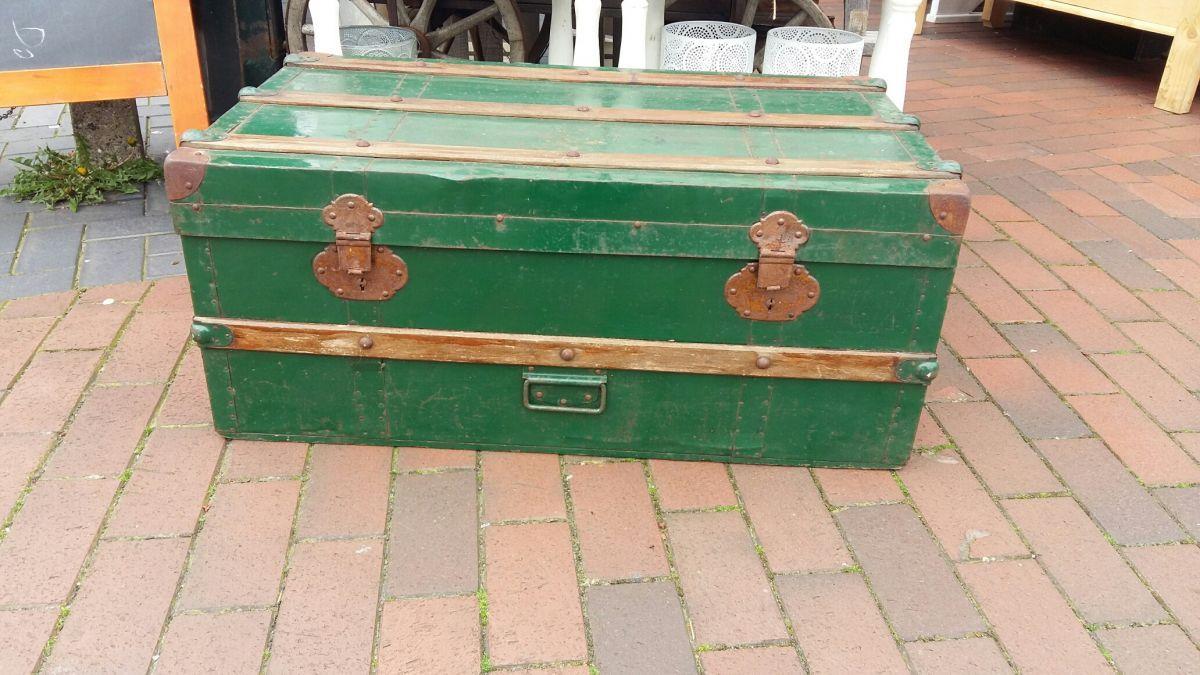 Prachtige Stoere Groene Hutkoffer De Koffer Heeft Een