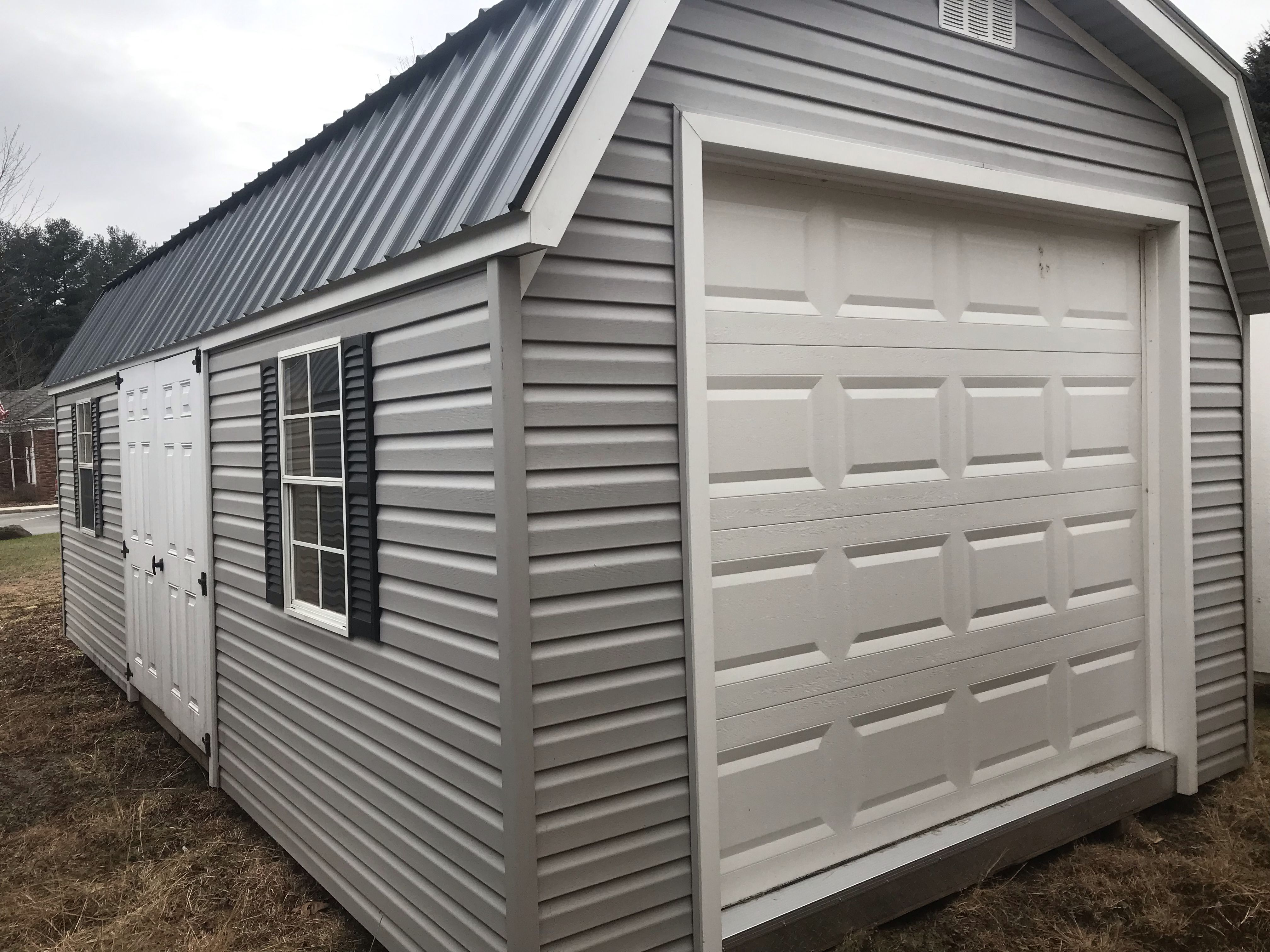 12 X 24 Vinyl Barn Shed Vinyl Siding Overhead Door