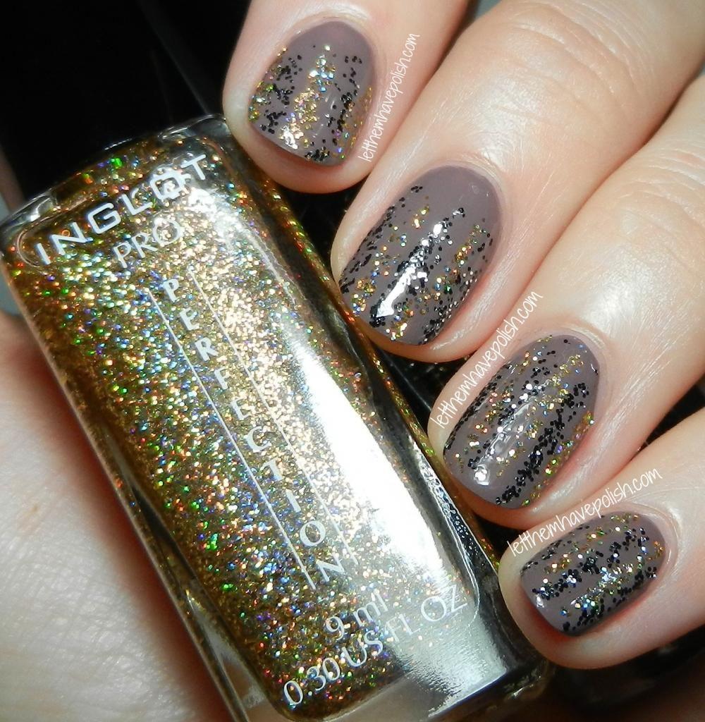 Zoya Normani and Inglot Pro Perfection Glitter Stripes Nail Look @Zoya Zinger Nail Polish