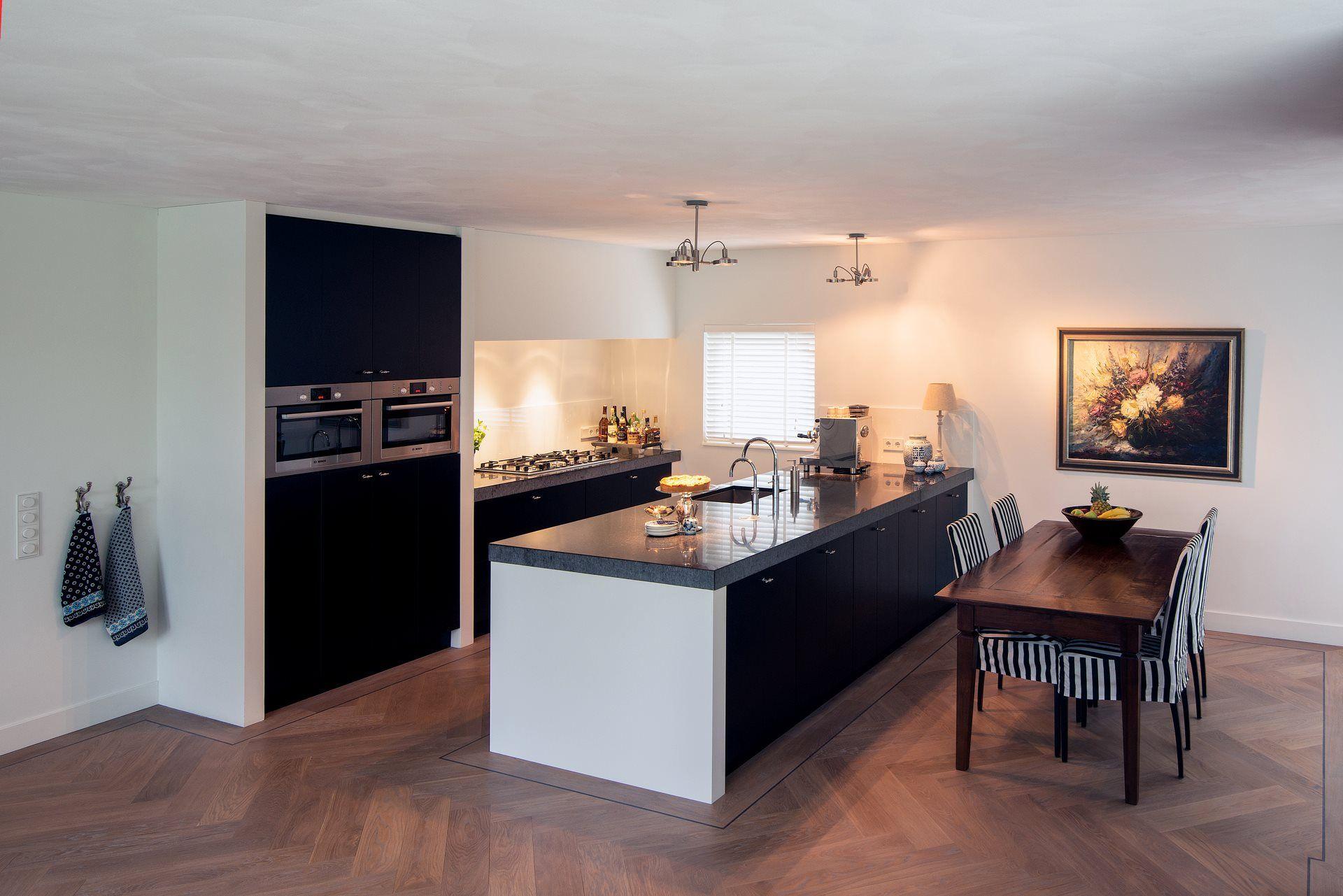 Van Galen Keukens : Van galen keukens elegant keukens nunspeet inspirerend koop keuken