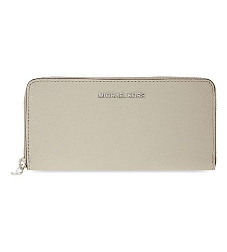 MICHAEL MICHAEL KORS Jet Set Travel Leather Continental Wallet. # michaelmichaelkors #purses \u0026 pouches
