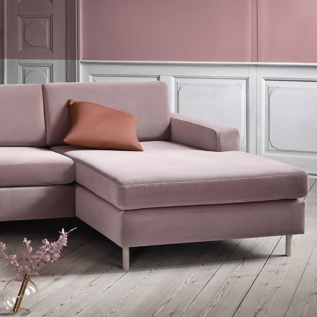 New Scandinavian Design On Instagram Scandinavia Sofa Series Designed By Glismand Rudiger Are Scandinavia Sofa Scandinavian Design Scandinavian Minimalism