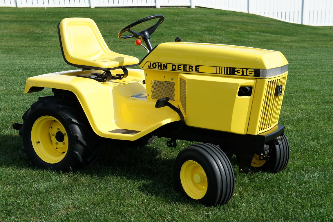 My 1984 John Deere 316. Added H3, a 3pt hitch and powder coated it yellow.  - Darrin #johndeere #yellow #deere
