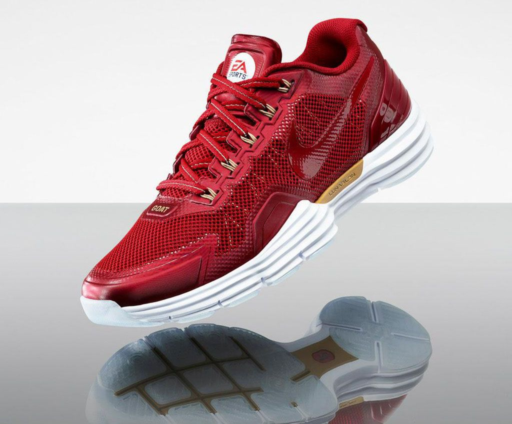 finest selection 51d13 1d934 EA Sports x Nike Lunar TR1 Madden 13 Calvin Johnson   Jerry Rice (5)