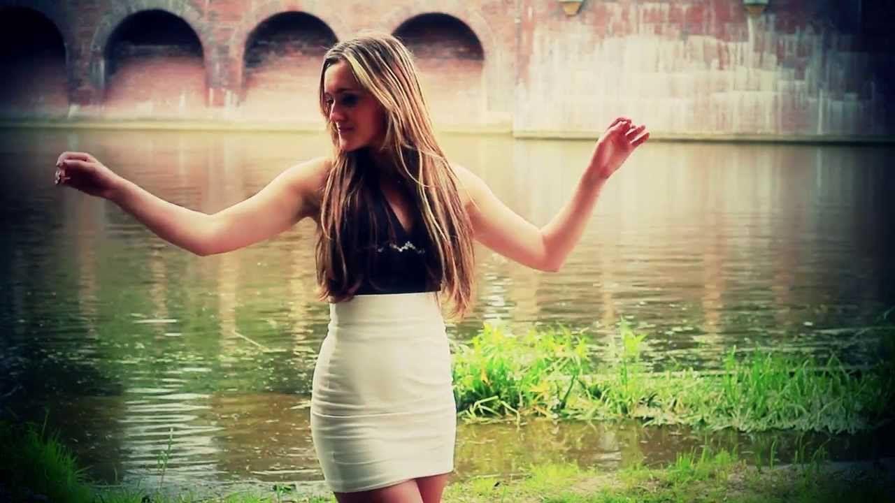 Jesika Odleglosc Dzieli Nas Official Video Pencil Skirt Video Official