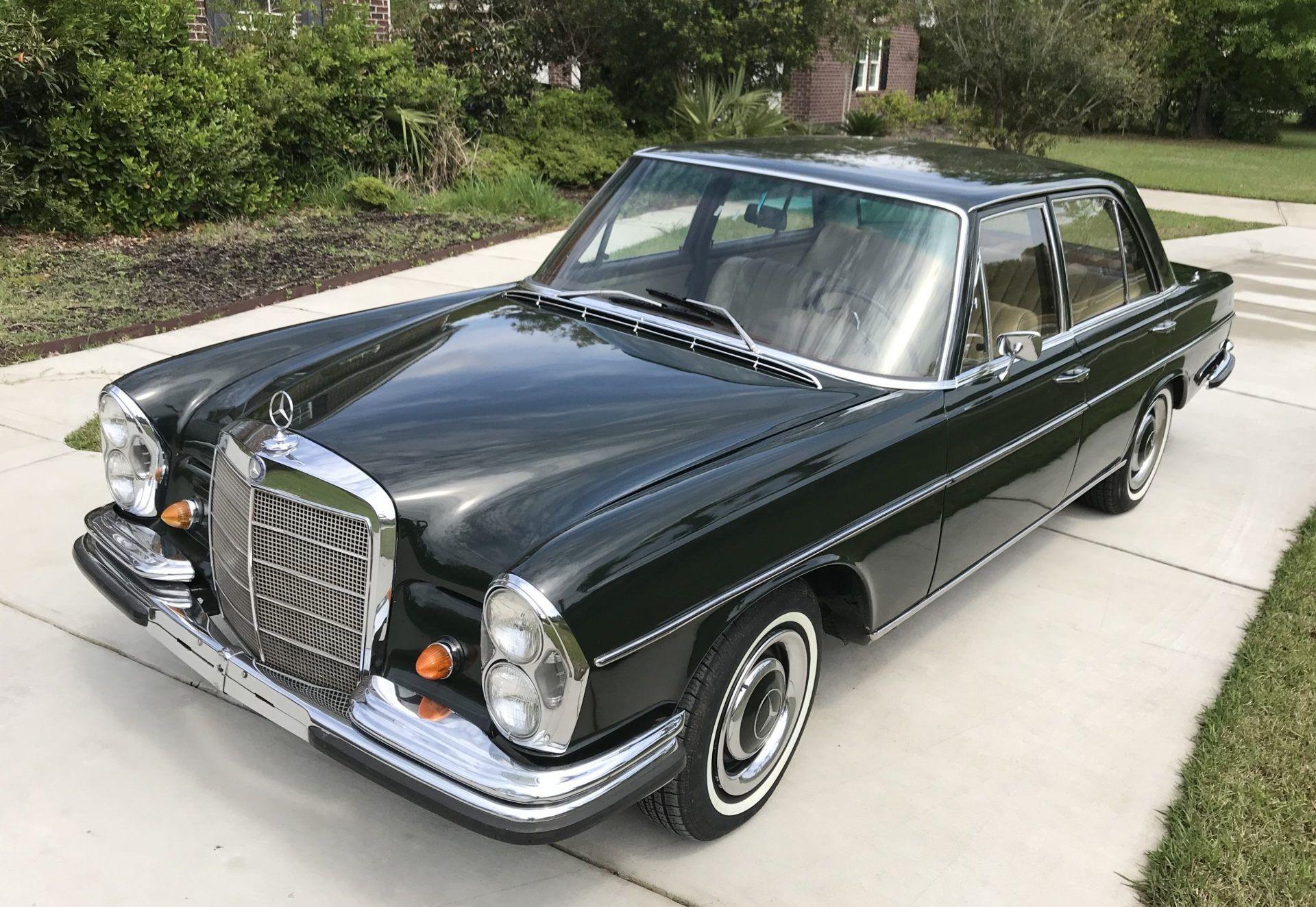 No Reserve 1967 Mercedes Benz 250s In 2020 Benz Mercedes Benz Mercedes Benz Classic