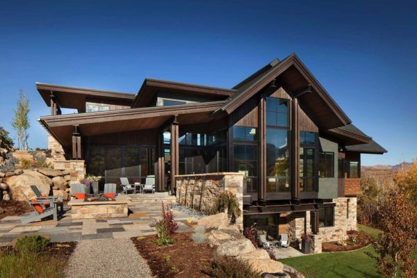 Breathtaking Contemporary Mountain Home In Steamboat Springs Contemporary Farmhouse House Designs Exterior Contemporary House Design