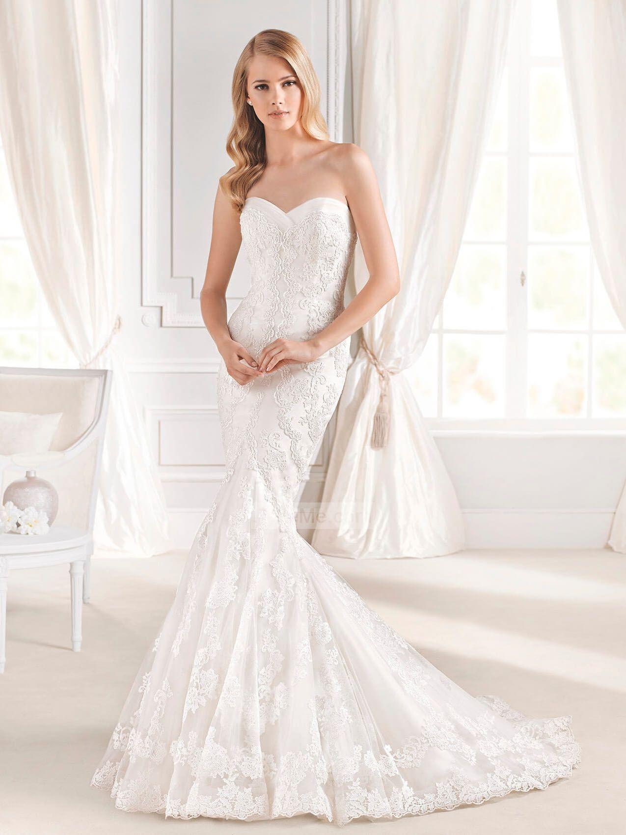 Wedding dress cape  Gorgeous MermaidTrumpet strapless sweetheart lace white Wedding