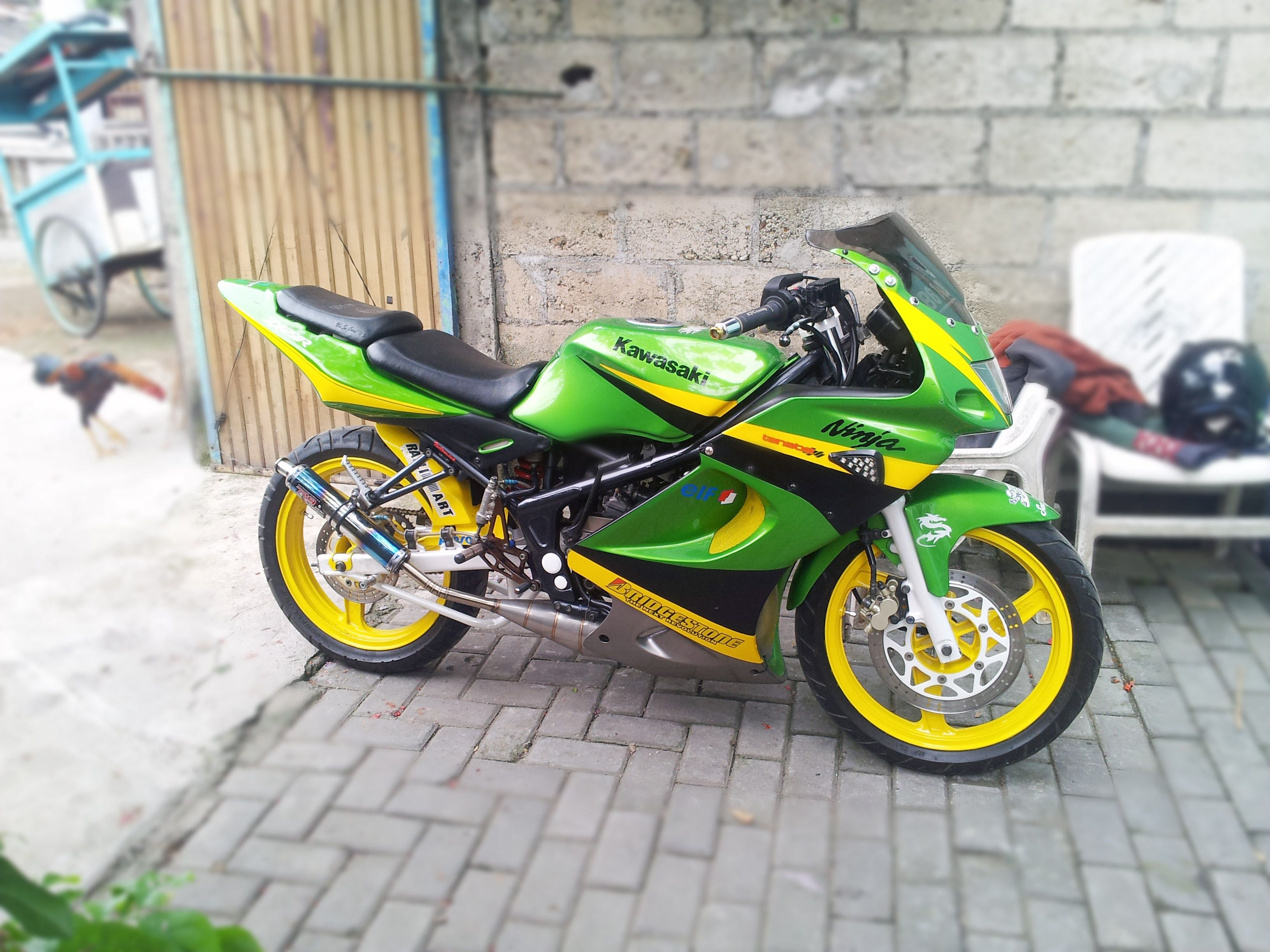 Kawasaki ninja RR hijau kuning Kawasaki ninja, Hijau, Ninja