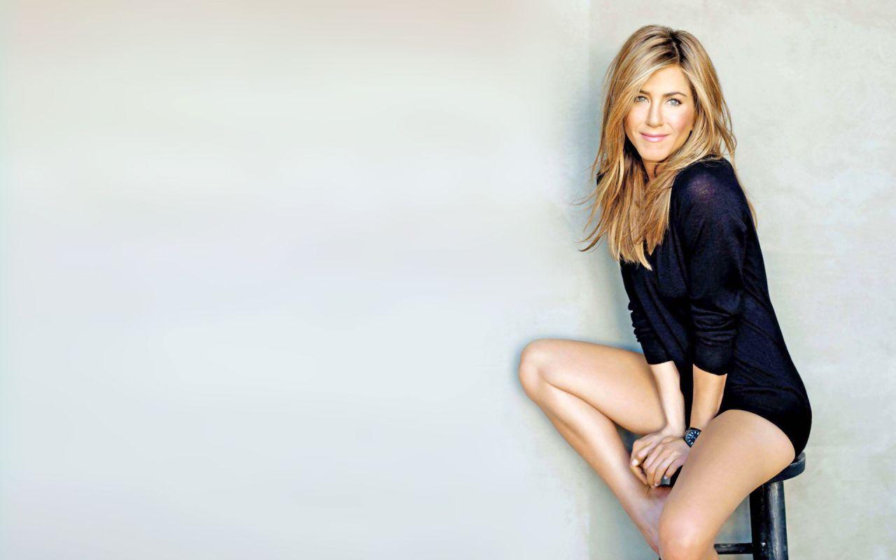 Jennifer Aniston Wallpapers 11 24 2019 Jennifer Aniston Wallpaper Jennifer Aniston Jennifer Aniston Legs