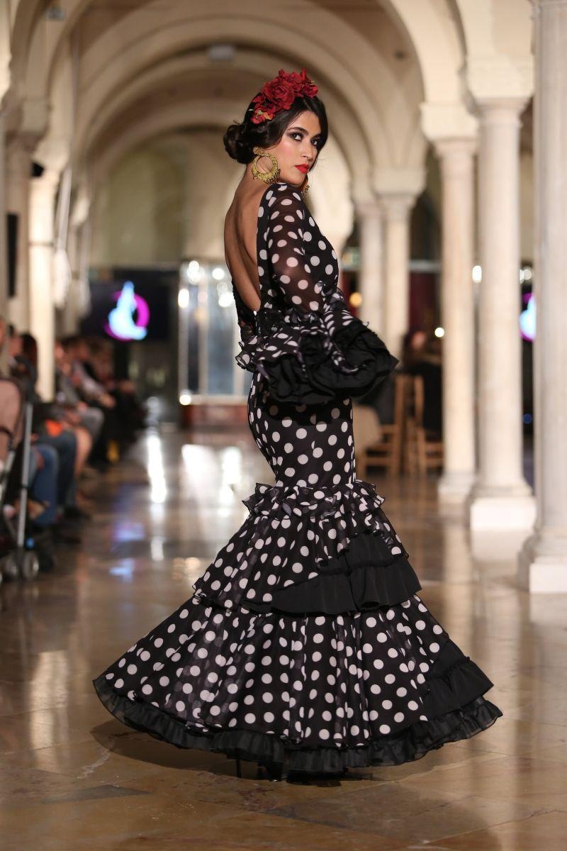 Traje flamenca negro 2018