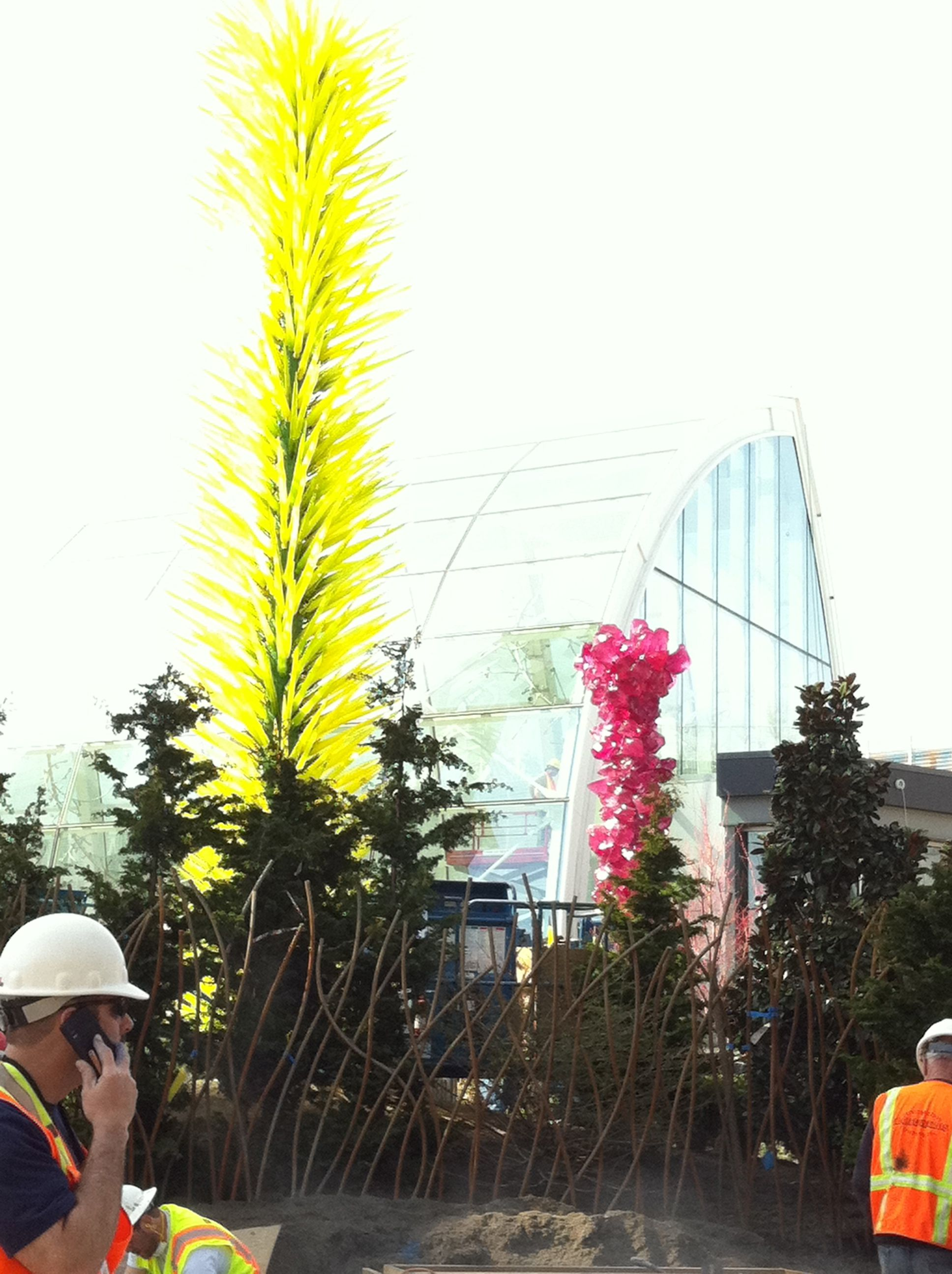 A few more pieces being erected in the Dale Chihuly 'Glass Garden' installation at Seattle's 1962 Worlds Fair grounds. Thes…   Public art ...
